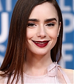lily-collins-8~2.jpg